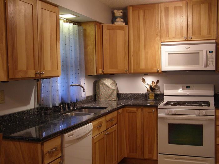 Granite Countertops by Tomahawk Monument Co Photo Gallery ...